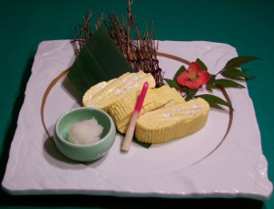 だし巻き玉子(烏骨鶏卵100%使用)